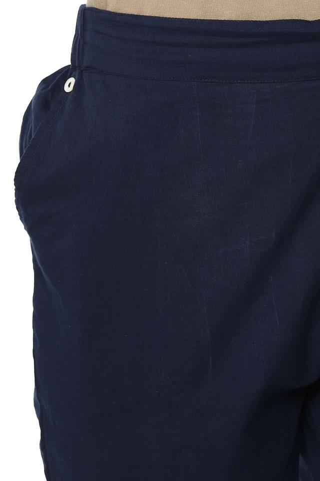 Womens Round Neck Printed Kurta and Pants Set