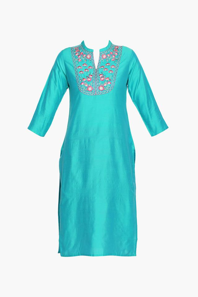 Womens Mandarin Neck Solid Embroidered Churidar Suit