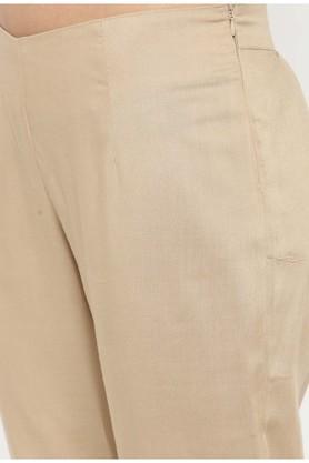 Women foil printed kurta with pants