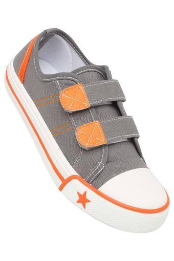 LIFE -  GreySneakers - Main