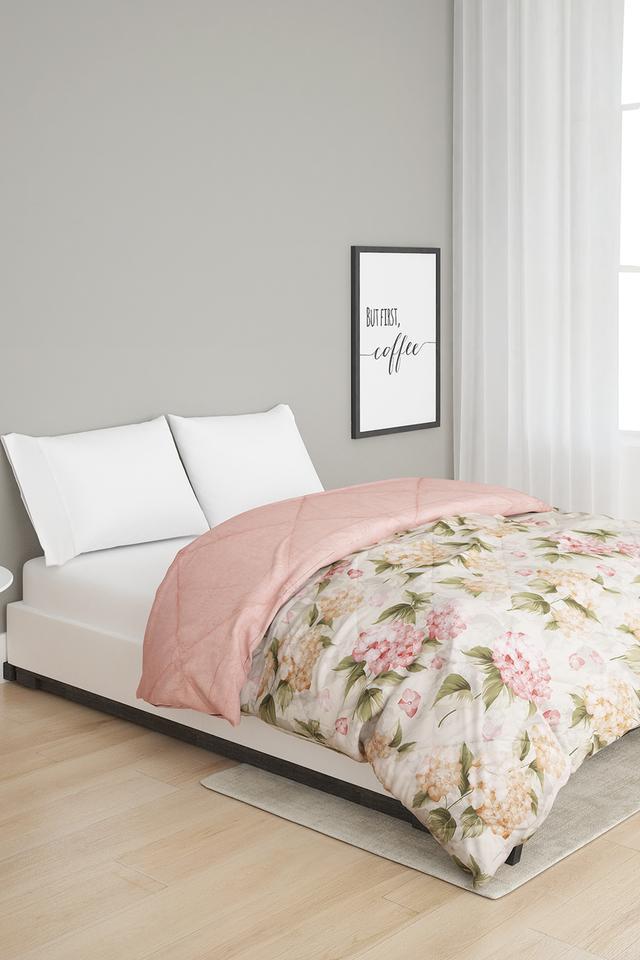 Arte Nova Double Floral Print Quilt