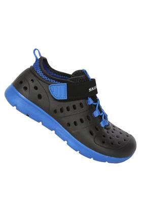 Boys Velcro Closure Sports Shoes