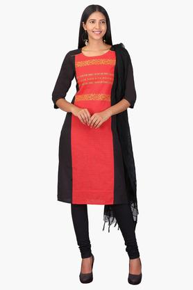 AURELIA Womens Round Neck Colour Block Embroidered Kurta