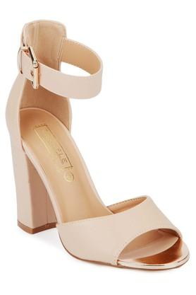 TRUFFLE COLLECTIONWomens Party Wear Buckle Closure Heeled Sandals
