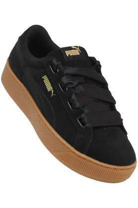 PUMA Mens Suede Laceup Sneakers