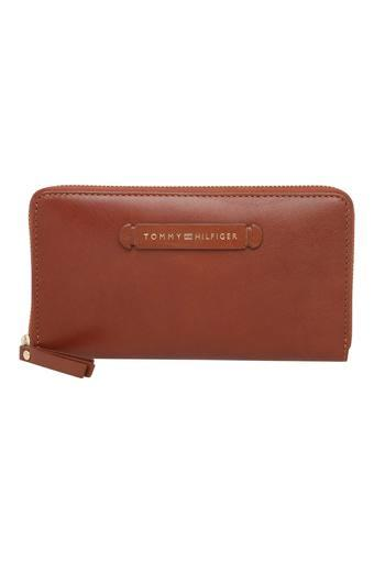 TOMMY HILFIGER -  TanWallets & Clutches - Main