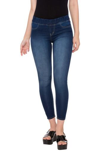 Women 4 Pocket Rinse Wash Jeans