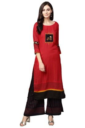 95218376ef3 X ISHIN Womens Round Neck Embroidered Kurta and ...