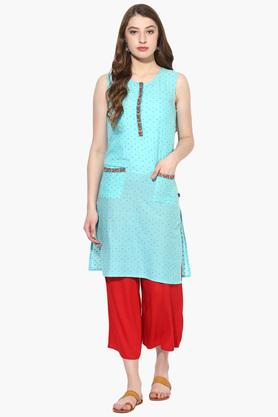 JUNIPER Womens Dobby Embroidered Kurta With Pockets