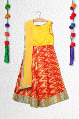 Girls Round Neck Solid Ghagra Choli Dupatta Set