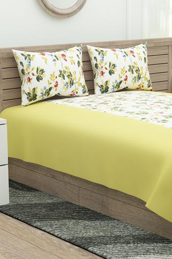 Floral Print Extra Large Bedsheet with 2 Pillow Covers
