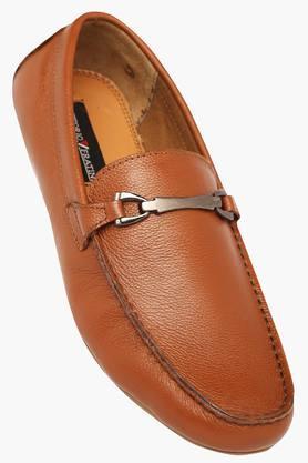 VETTORIO FRATINIMens Leather Slipon Moccasins