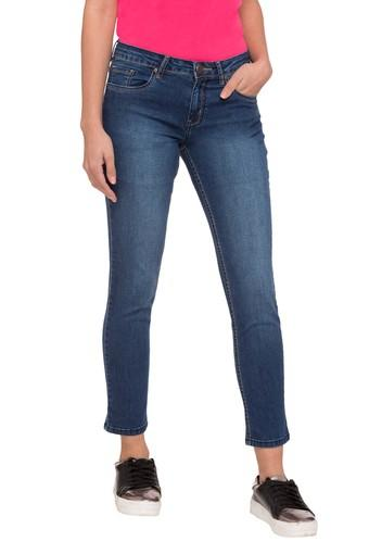 Women 5 Pocket Heavy Wash Jeans