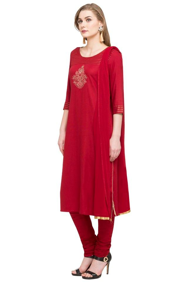 Womens Round Neck Solid Churidar Suit