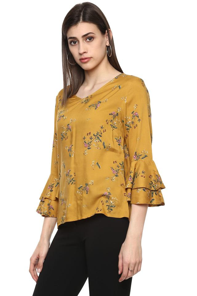 Womens V Neck Printed Top
