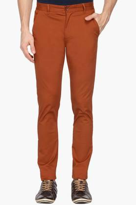 UNITED COLORS OF BENETTONMens Slim Fit 4 Pocket Solid Chinos