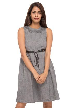 Womens Round Neck Slub Shift Dress