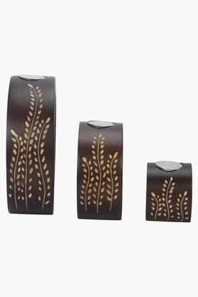 BACK TO EARTH Wooden Printed Candle Stand Set Of 3