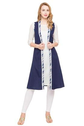 IMARA Womens Round Neck Solid Kurta And Leggings