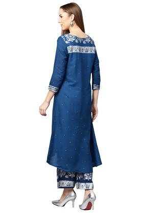 bb98f499c6 Ethnic Wear For Women - Avail Upto 60% Discount on Womens Indian ...