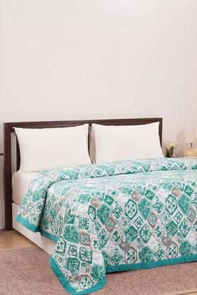 MASPARPrinted Double Quilt With 2 Pillow Covers