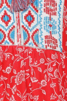 Womens Tie Up Neck Embroidered Kurta