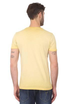 Mens Slim Fit Round Neck Graphic Print T-Shirt