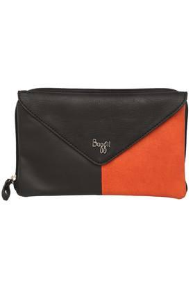 869a8b9eeb8 Buy Clutches & Wallets For Women Online | Shoppers Stop