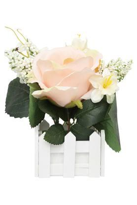 Potted Peach Rose Bouquet with Fence Arrangement