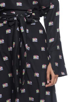 Women Skirt With A Twist