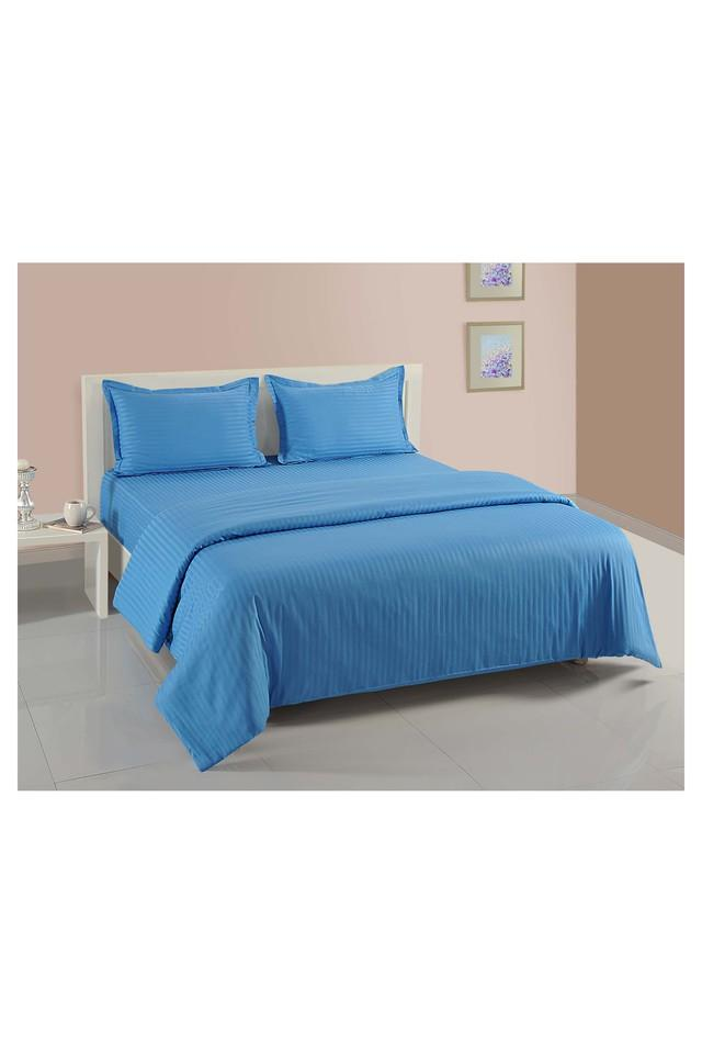 Stripe Double Bed Sheet Comforter and Pillow Covers Set