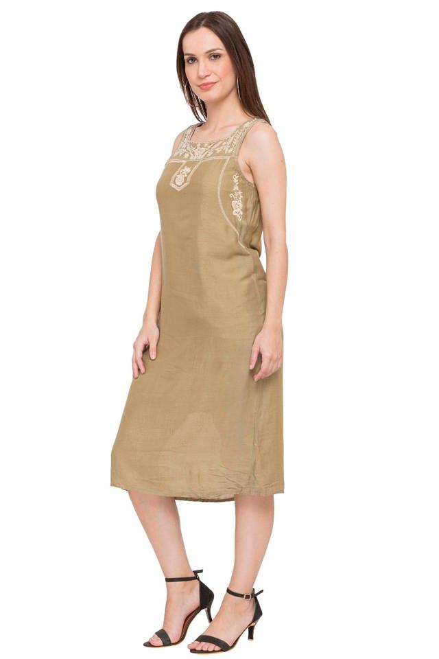 Womens Square Neck Solid Embroidered Shift Dress