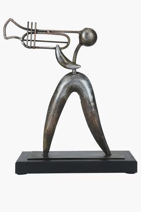 Metallic Antique Trumpet Table Decor
