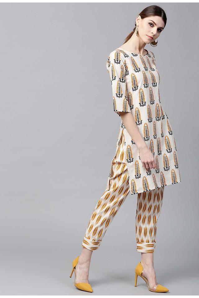 Women Cotton Printed Short Straight Kurta With Cotton Printed Trouser