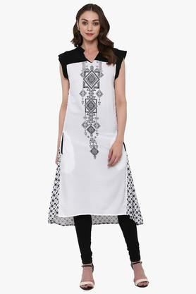 JUNIPER Womens Printed Asymmetric Kurta With Functional Pockets