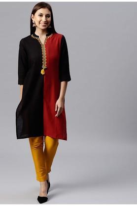 Womens Mandarin Neck Colour Block Kurta and Pant Set
