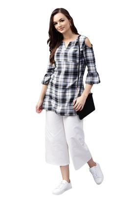 Womens Notched Collar Checked Kurta