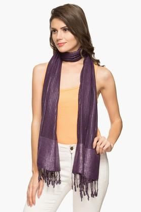 EXCLUSIVE LINES FROM BRANDS Womens Houndstooth Shawl