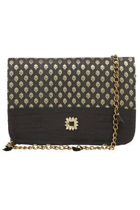 Womens Party Wear Magnetic Lock Closure Sling Clutch