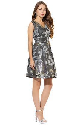 Womens V Neck Printed Skater Dress