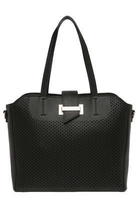 0f4349c77dfd Handbags - Buy Ladies Designer Purses & Handbags Online   Shoppers Stop