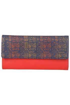9d60e7515e43fb Buy Clutches & Wallets For Women Online   Shoppers Stop
