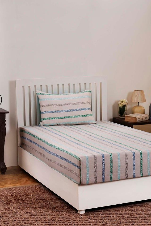 Ruffle Striped Single Bedsheet with Pillow Cover