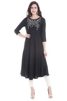 FUSION BEATS Womens Round Neck Printed Kurta - 203677762