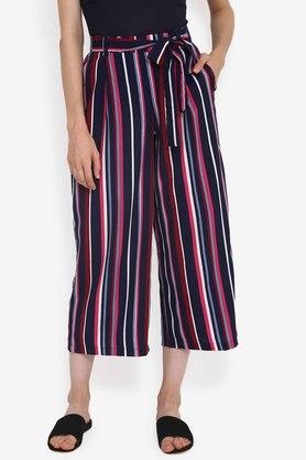 84dc3b1aa4 Buy Capris & shorts For Womens Online | Shoppers Stop