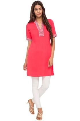 Womens Mandarin Neck Solid Kurta