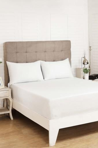 Graceful Texture Print King Bedsheet with 2 Pillow Covers