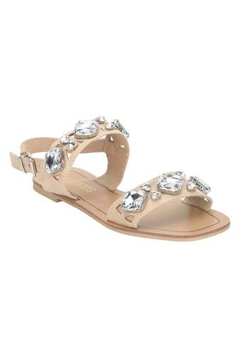 Womens Casual Wear Buckle Closure Flats