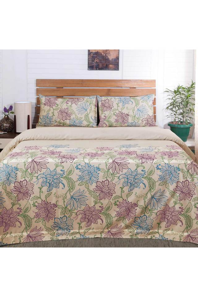 Flamboyance Cyclamen Floral Print Double Bed Sheet with 2 Pillow Covers