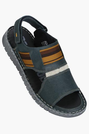 ID -  LeadSandals & Floaters - Main